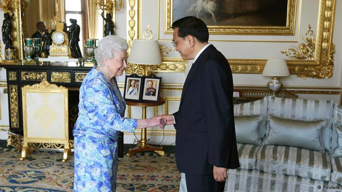 British Queen met Li